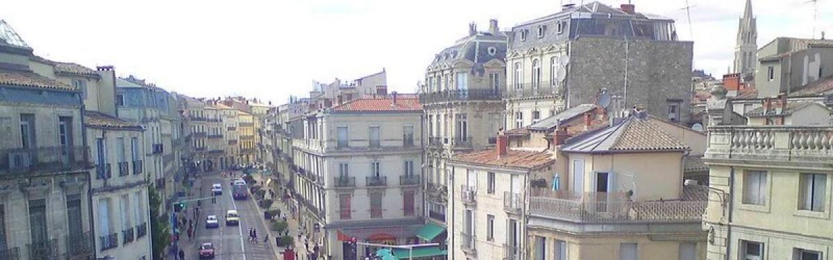 Boulevard du Jeu de Paume, depuis les Halles Laissac
