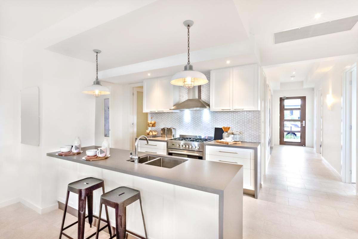 location appartement montpellier - Cuisine lumineuse dans un appartement moderne