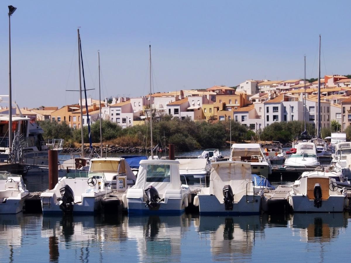 Montpellier zones Pinel – vue sur la marina à Agde