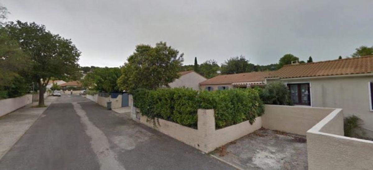 Une maison de plain-pied avec jardin à Clapiers