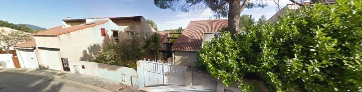 Des petites maisons individuelles dans le centre-ville de Saint-Gély-du-Fesc