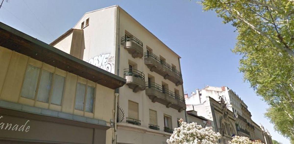 Immeuble en R+3 avec vue sur l'esplanade Charles de Gaulle