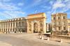 Urbanisme et architecture à Montpellier – vue sur l'Arc de Triomphe de Montpellier