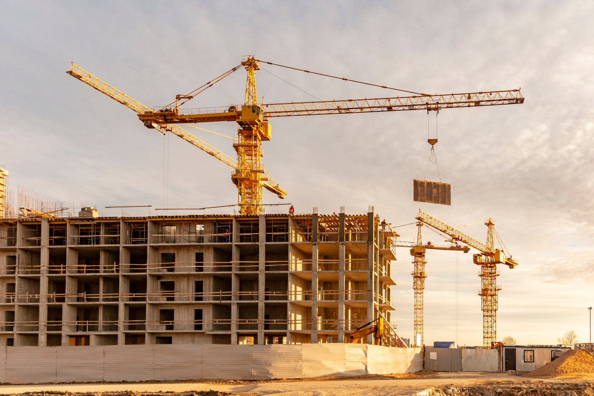 Îlot du Guesclin – Plusieurs grues sur un chantier